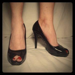 "alisha hill 4"" Black patent leather heels"